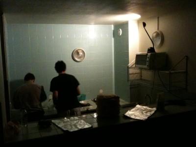 Session crêpes en cuisie après minuit